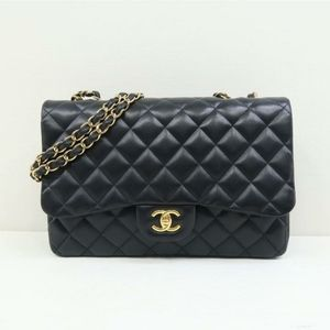 100% Auth CHANEL Lambskin Jumbo Single Flap Black